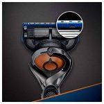 Gillette Fusion5 ProGlide Rasoir Pour Homme + 10 Recharges de la marque image 1 produit